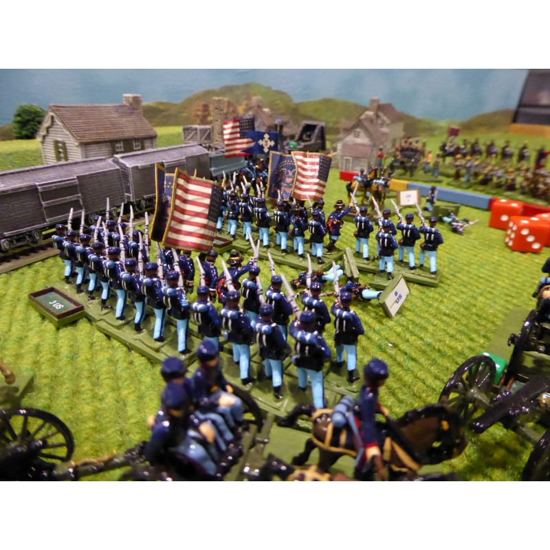 Union Army – Infantry advancing