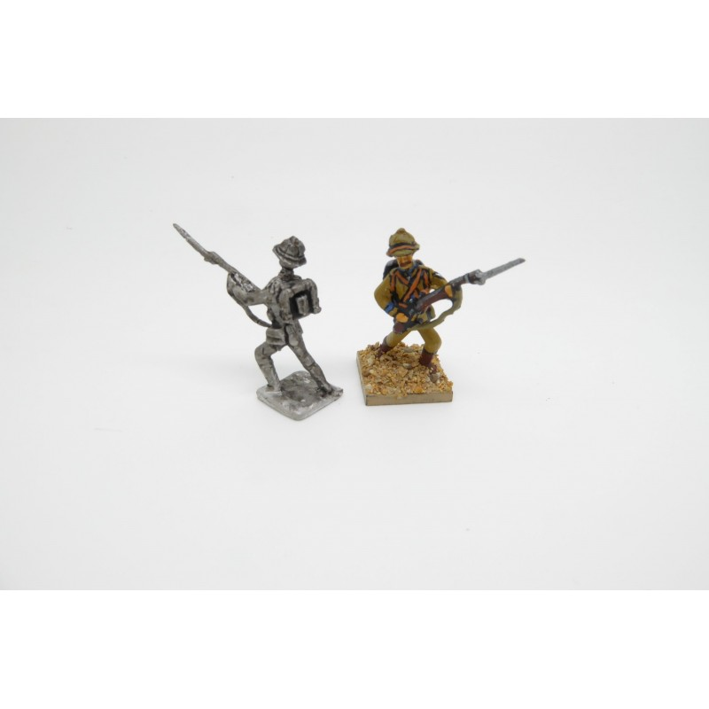 Colonial German Army - Infantry advancing