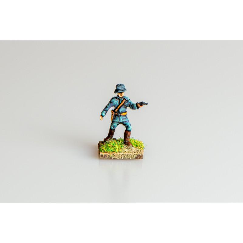 German Army – Infantry officer firing pistol