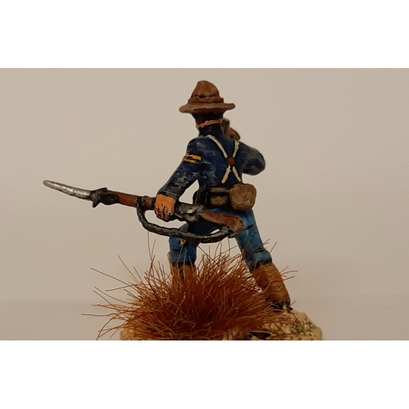 United States Army – Infantry bugler with separate rifle
